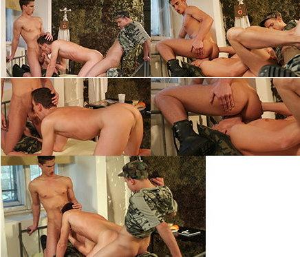 twinks-military2